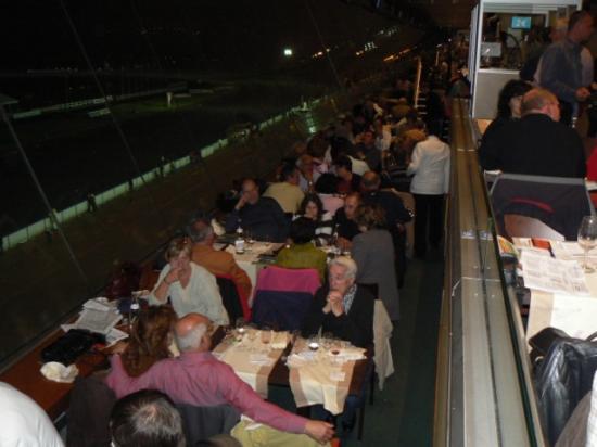 Dîner spectacle à l'hippodrome de Vincennes (21)