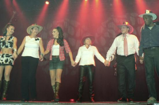 Show Western (45)